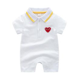 vestido de vestido vermelho cheio Desconto Macacão de manga curta infantil algodão menino menina bebê macacão de verão Macio respirável ao ar livre vestuário criativo coração de tigre bordado macacão