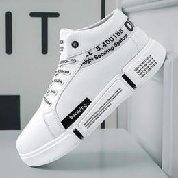 2019 zapato de hombre adulto Fooraabo 2019 Zapatillas de deporte para hombre Zapatos casuales Malla Transpirable Zapatos masculinos Adulto Moda con cordones Caucho Chaussure Homme Zapatillas de deporte zapato de hombre adulto baratos