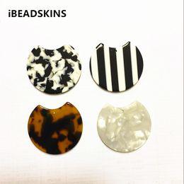 2019 perlas de ojos de gatos morados ¡Nueva llegada! 37x30mm 50 unids / lote forma de moneda encantos de ácido acético para / Pendientes hallazgos Fabricación de joyas (como se muestra)