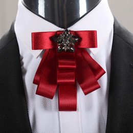 2019 trajes de fiesta para hombre Pajarita para hombre Pajaritas de diseñador Pajarita retro para traje de caballero vestido Hombres Lazos de cristal de lujo Lazos para el banquete de boda Hombre Accesorios de moda trajes de fiesta para hombre baratos