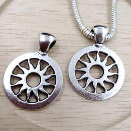 Braccialetto d'argento antico online-Caldo ! 45pcs argento antico in lega di zinco pendente di fascino diy accessori fai da te braccialetto di fascino europeo 18.5x22mm
