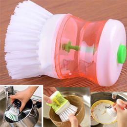 Sapone pennello online-Cucina Dispenser di sapone liquido Cucina Sapone automatico Vaschetta in plastica Vaschetta per piatti Spazzola Cucina Boiler Spazzole per pulizia in plastica