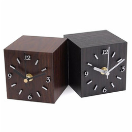 Mesas de cubo on-line-Retro Vintage Cubo De Madeira Relógio Novo De Madeira Preto Marrom Relógio De Mesa De Mesa de Presente Para Casa Decoração Para Criativo