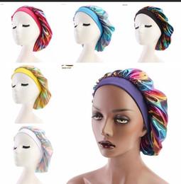 Chemo beanie online-Muslimische Frauen Breite Stretch Silk Satin Atmungsaktives Bandana Nachtschlafen Turban Hut headwrap Bonnet chemo cap Haarschmuck