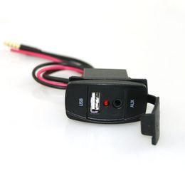 12-вольтовый адаптер Скидка Разъем USB 12V Автомобильные аксессуары для аудио 3.5 мм Разъем AUX / USB адаптер для Toyota