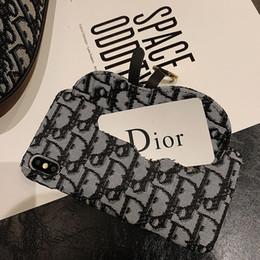 Caja del teléfono de punto online-fundas de teléfono de diseñador de lujo para iphone 6 7 8 plus X XR XS MAX Nuevo material de punto de diseño con bolsillo de tarjeta para soportar la funda del teléfono móvil