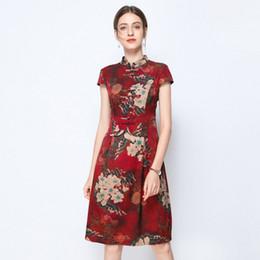 e84e781745 2019 robes vintage plus taille unique rouge Qipao soie floral taille plus robe  d'été