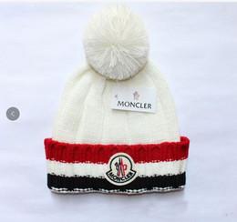 2019 großhandel neugeborene baby liefert Marke M Winter Hut Für Männer Mützen Frauen Kinder Mode Warme Kappe Unisex Elastizität Strickmütze Hüte Freies Verschiffen