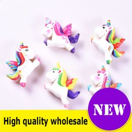 2019 drückte spielzeug für kinder Squishy Toy Flying Einhörner Slow Rising Jumbo Stress Relief Dolls Multicolor Kinder Squeeze Toys Kids Dekompression beste Geschenk günstig drückte spielzeug für kinder