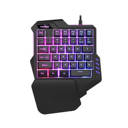 Un riposo online-G92 Big Hand Rest Macro Recording Breathing Light One-Handed Wired Retroilluminazione RGB Cover posteriore in metallo Tastiera da gioco per PC