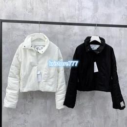 Короткие пальто для женщин дизайн онлайн-Женская Brief Luxury Design Письмо Zipper проложенный хлопка Parka куртки Пальто High End Пользовательские Girls Runway куртки Короткие пиджаки Bomber