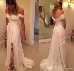2019 robes de mariée plumes sans bretelles 2019 nouveau une ligne robe de mariée en dentelle en mousseline de soie de l'épaule split robe de mariée sur mesure plus la taille