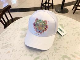 Chapéu de tigre branco on-line-Tigre de luxo Designer de Bordado Chapéus Caps Boné de Beisebol Da Mulher Dos Homens Tampas Da Marca de Moda Chapéu Ajustável Branco Preto Cor Opcional de Alta Qualidade