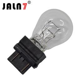 Universal-rücklicht online-10 Stücke Universal 3157 P27 / 7W Helle Glühlampen Rücklicht Bremslichter Hinterer Stopp Blinker Lampe für Auto / Lkw / Motorrad