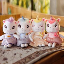 Sevimli Unicorn Peluş Oyuncaklar Unicorn Parti Malzemeleri Düğün Doğum Günü Bebekler Hediyeler Çocuklar Parti Hediye Yumuşak Peluş Kumaşlar 4 Renkler nereden