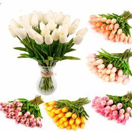 2019 ramalhete de casamento, tulipas artificiais Novo Design 10 30PCS PU Mini Tulip toque real Flores Flor Artificial para Noivas Bouquet Flores decorativas do casamento Coroas ramalhete de casamento, tulipas artificiais barato