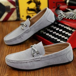 Обувь оптом онлайн-NEW Мужские мокасины Wholesal, дышащие мокасины с мягким дном, обувная кожа, замшевые туфли большого размера, мужские лоферы, дизайнер, G5.25