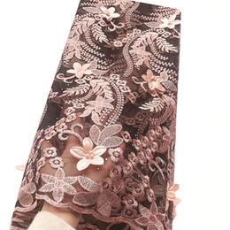 L'ultimo nuovo materiale netto da sposa in pizzo tessuto francese africano pizzo bianco pesca 2019 nigeriano lacci tessuti di alta qualità per il vestito supplier new peach wedding dress da nuovo vestito da cerimonia nuziale della pesca fornitori
