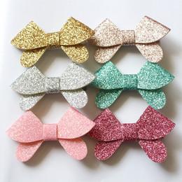 Clip di capelli coreani dei capretti online-24pcs coreano Glitter feltro Shinning Bow Hair Modish ragazze clip di capelli doppi strati farfalla bambini tornanti ragazze carine per l'estate