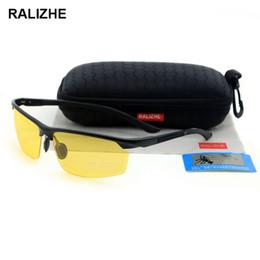2019 женские полурамные очки RALIZHE Mens Womens HD TAC Поляризованные солнцезащитные очки Алюминиево-магниевый сплав Спорт Желтый Очки ночного видения UV400 Съемка в половину кадра Вождение скидка женские полурамные очки