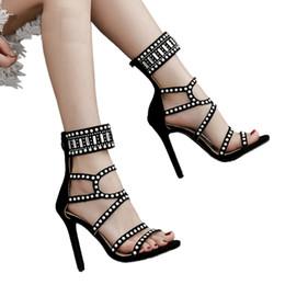 710dd6c9bdc960 Été Ouvert Toe Strass Sandales À Talons Hauts Cristal Cheville Wrap Diamant  Gladiateur Femmes Sandales Noir Chaussures De Mariage Parti