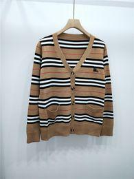 Gestreifter v-pullover online-Milan Runway Sweater 2019 Frühling Sommer Langarm V-Ausschnitt Damen Pullover High End Gestreifte Jacquard Strickjacke Damen Designer Pullover 22203