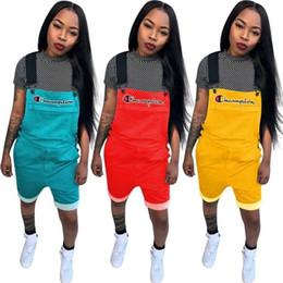 Color sólido Mujeres Campeones Carta Pantalones cortos en general Mono Suspender Pantalones Correas cortos Monos Summer Romper Brace pantalones S-2xl 3262 desde fabricantes