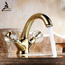 lavagem de cristal Desconto Torneira Bacia Latão Ouro torneira pia do banheiro Crystal Ball dupla alça Bathbasin Wash WC Fria Hot Mixer Água da torneira AL-9202K