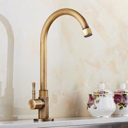 2019 gebürstet messing küchenarmaturen Art und Weise Europa-Art antiker Messing gebürsteter Küchenhahn kaltes Wasser nur Schwenkerhähne, Wannenhahn rabatt gebürstet messing küchenarmaturen