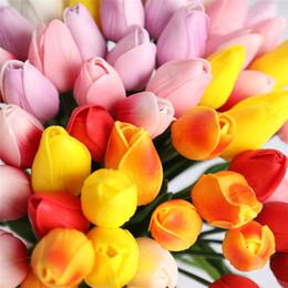 tulipes artificielles simples Promotion Simulation Simple Tige Tulipes Latex Tulipes Artificielle PU Fleur Real Touch Fleurs pour La Maison De Mariage Décorations De Fleurs