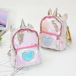 lindos bolsos de mochila Rebajas 2019 Mujeres Lentejuelas unicornio Mochila Lindo mini bolso de hombro de la historieta Niños Niñas Lentejuelas Escuela de Viajes Mochila Al Aire Libre Niñas C32