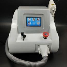 Máquina láser profesional Nd Yag Eliminación de tatuajes Limpiador de cejas Eliminación de pigmentación Cicatriz Removedor de acné Q Interruptor 1320nm 1064nm 532nm 3 cabezas desde fabricantes