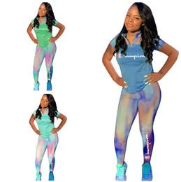 Camiseta deportiva camo online-Campeones de las mujeres de manga corta Chándal Camo Gradient Zipper T-shirt + Pantalones Leggings 2 piezas Trajes de verano 2019 Diseñador Ropa deportiva Deportes