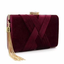 2019 saco de embreagem de flor de cetim vermelho Mulheres Classic Clutch Purse Evening Bag Mulheres Festa De Casamento De Noiva Bolsas