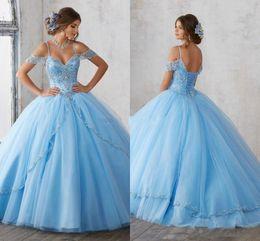 2019 top bleu 15 robes Lumière Blue Sky robe de bal Quinceanera mancherons spaghetti perles de cristal princesse Parti Robes de bal Sweet 16 filles