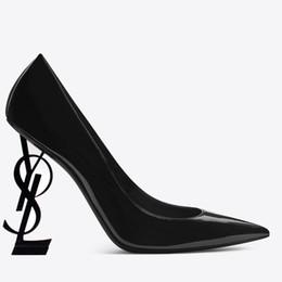 Preto 10 centímetros de salto alto sapatos de verniz salto Carta de noiva moda sapatos de casamento Modest Mulheres partido Éden Moda vestido de noite Partido Shoes de