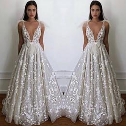 Rabatt Gepasste Brautkleider Ruckenfrei 2019 Billig Gepasste