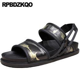Sapatilhas abertas on-line-2019 sports open toe sneakers slides verão agradável designer sapatos homens chinelos de alta qualidade ao ar livre cinta nativa de couro genuíno