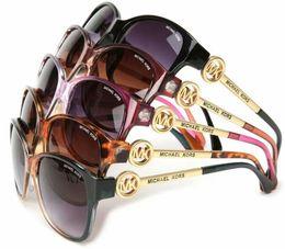 Canada Lunettes polarisées de haute qualité de lunettes de soleil de mode de mode pour les hommes et les femmes Concepteur de marque Vintage Sport Lunettes de soleil avec le cas et la boîte Offre