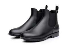 Scarpe da pioggia della caviglia online-2019 Nuovi stivali da pioggia da donna Scarpe da donna unisex Caviglia in PVC Adulti Antiscivolo Impermeabile Traspirante Casual Giorni di pioggia necessari