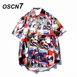 Praia moda coreia on-line-OSCN7 Impresso Camisas Homens Rua de Manga Curta 2019 Moda Verão Praia Mens Camisa Solta Casual Coréia Chemise Homme 650