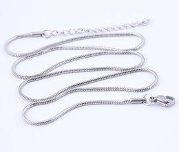 2019 cadena cerrada de strass Shukaki 56 cm de largo 1.5 mm de espesor de oro negro de acero inoxidable cadena de serpiente para collar colgante haciendo accesorios de joyería de bricolaje