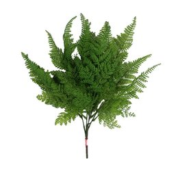 Cespugli artificiali online-Artificiale Boston Fern Fake Plant Bush 5 Forks Leaves Grass Foliage Home Decor per feste