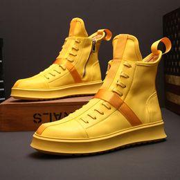 2020 sapatos casuais casual zipper Ribbon Mens High Top Botas Casual Flats Zipper Side skate sapatos esportivos de couro preto amarelo White Boys sapatos casuais casual zipper barato