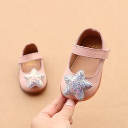 a6b57ff1c2f64 2019 genuine Leather bling stars female baby single shoes 1-2 years old toddler  girls princess shoes first walkers