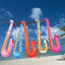 Saxofone colorido on-line-20 PCS 60 cm Instrumento de Jazz Inflável Sax Crianças Brinquedos Musical Fantasia Decoração Do Partido Blow Up Saxofone Cor Aleatória Quente