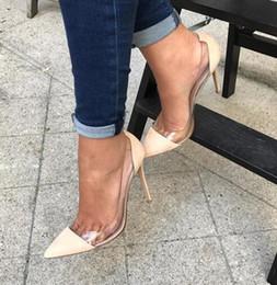 2019 chaussures en plastique Vente chaude-tendances de la mode femmes patchwork pompes claires PVC transparent talons hauts perspex stiletto gelée en plastique talons robe de soirée chaussures femme promotion chaussures en plastique