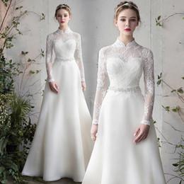 Vestido de praia alta colarinho on-line-2019 Vintage Lace White Beach Vestidos De Casamento Gola Alta Mangas Compridas Vestidos De Noiva Até O Chão País Vestidos de Casamento Vestido de Noiva