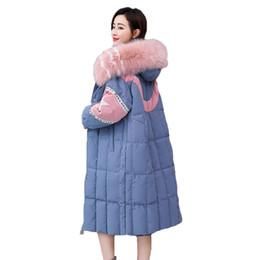 Argentina Abrigo de invierno Mujeres Tops PU Patchwork Casual Long Parka 2019 Nueva abajo algodón acolchado ropa coloreado cuello de piel grande abrigo QH298 Suministro