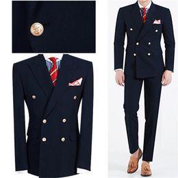 tuxedo alla moda e alla moda Sconti Moda Blu Navy Mens Dinner Party Prom Suit Smoking Dello Sposo Groomsmen Wedding Blazer Abiti Da Uomo Elegante (Giacca + Pantaloni) Custom Made